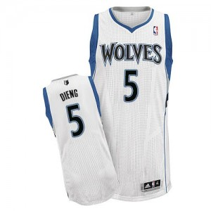 Maillot NBA Blanc Gorgui Dieng #5 Minnesota Timberwolves Home Authentic Homme Adidas