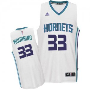 Maillot NBA Charlotte Hornets #33 Alonzo Mourning Blanc Adidas Authentic Home - Homme